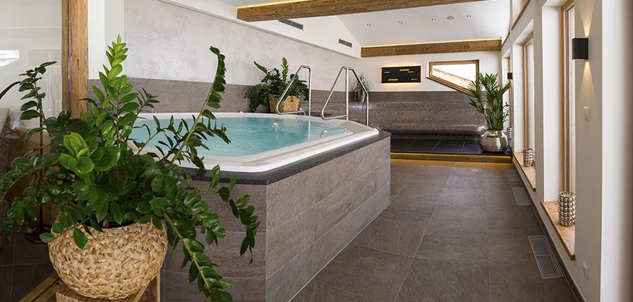 Austria_Obergurgl_Hotel-Gottard_spa_area.jpg